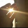 透过玻璃照在脸上的那缕阳光