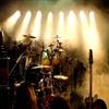 具有 【重、毛金属,硬、舞台、华丽、流行等摇滚】乐队的音乐