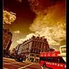 走在伦敦街头。