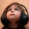 才发现,小时候就是听着这些歌长大的。